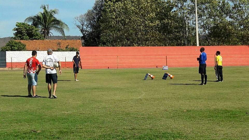 Aula prática no estádio Jacarezão