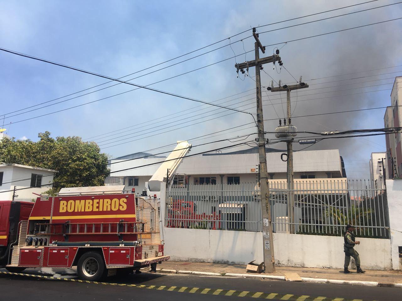 Incêndio atinge Distribuidora Ibiapina em Teresina 52782aa0968e4