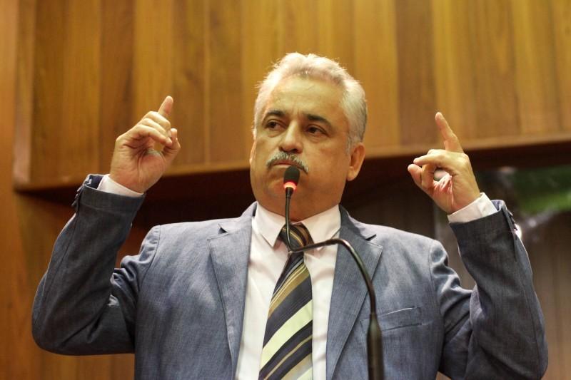 Deputado Robert Rios questionou intenção do Estado em contrair novo empréstimo