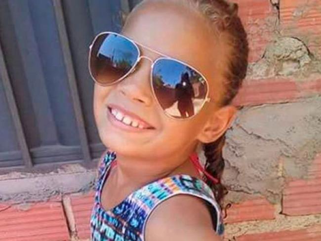 Emilly foi assassinada durante abordagem da polícia