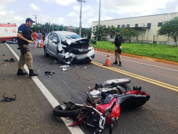 As causas do acidente ainda serão analisadas. A Polícia Rodoviária Federal  foi acionada e esteve no local atendendo a ocorrência. 72155285e6017