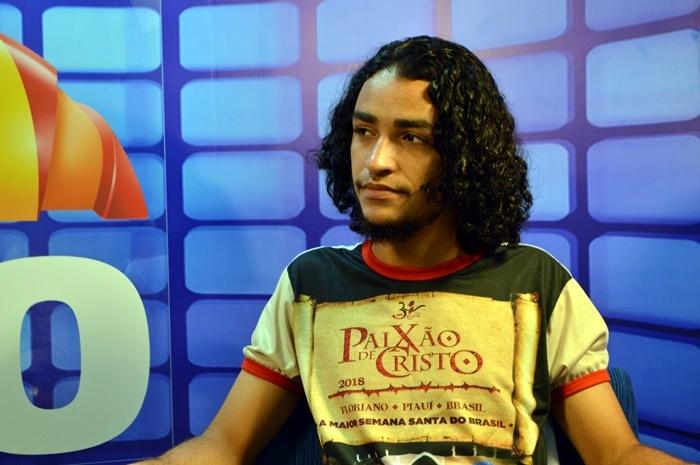 Edson Oliveira vai interpretar Jesus