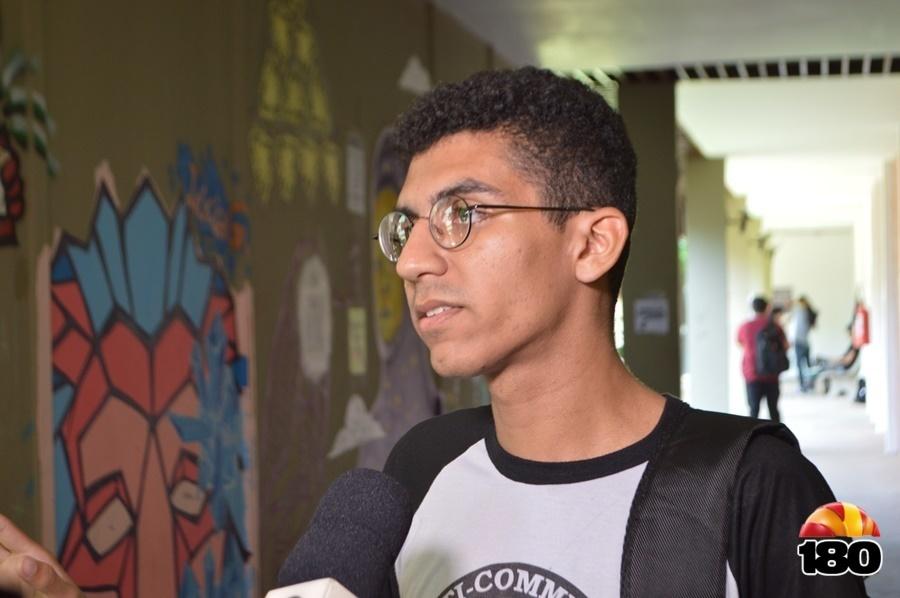 José Ribas, aluno da UFPI