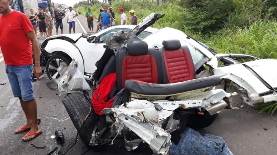 BR-343  colisão entre carros deixa vítimas fatais entre Altos e Campo Maior 20aec77a34d3c