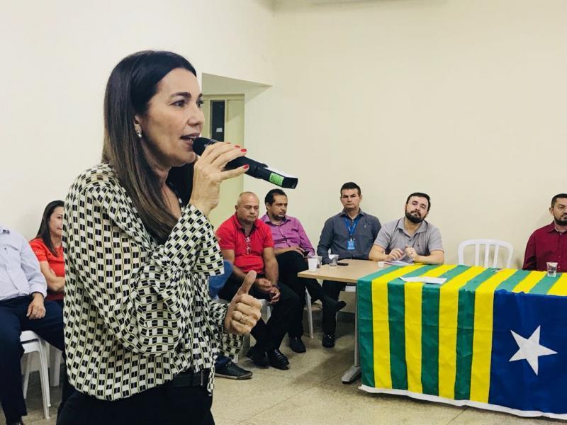 Vice governadora assina Ordem de Serviço para construção de Centro Cultural em Picos
