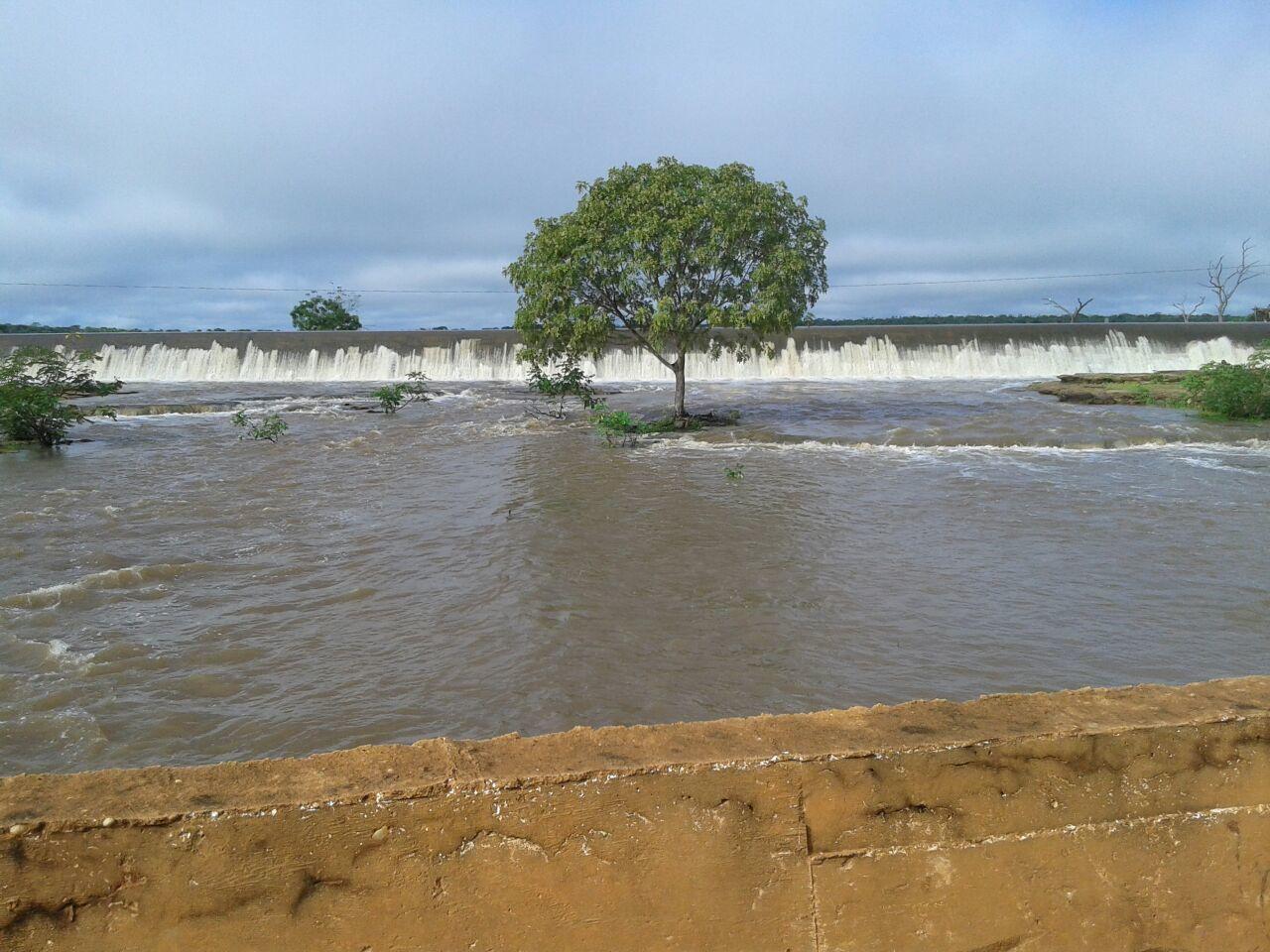 Barragem do Emparedado