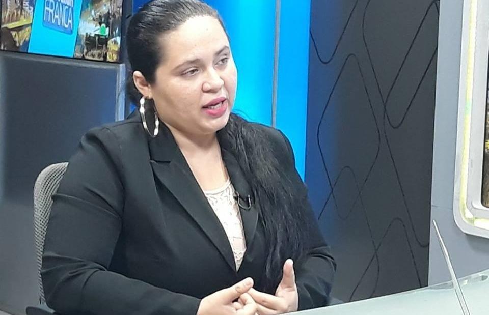 Advogada Ravenna Castro