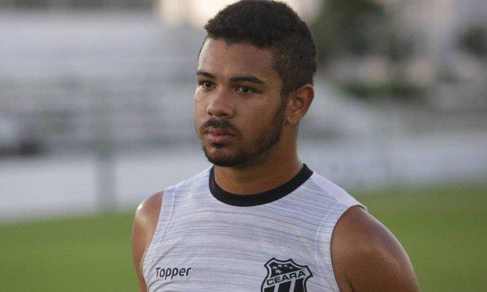 Juninho, jogador do Sport, estava emprestado ao Ceará e quase fechou acordo para jogar no Corinthians.