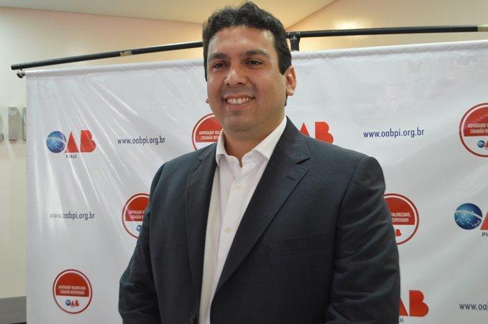 Pedidos contra a candidatura de Dr. Marcos Vinícius foram formulados com base na decisão hoje reformada pelo TRE.