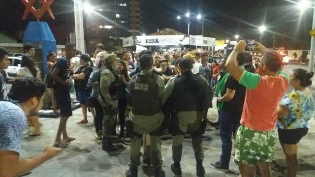 """Foto da matéria """"Jovem com camisa do Bolsonaro é agredido em manifestação no Piauí; vídeo"""""""