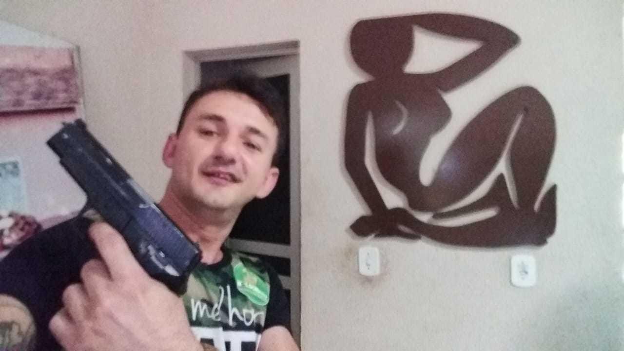Homem que exibiu arma em carreata pela vitória de Bolsonaro é morto a tiros no Piauí; áudios e vídeo