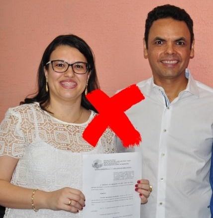 Viviane Marques Moura e o prefeito de São João do Piauí, Gil Carlos