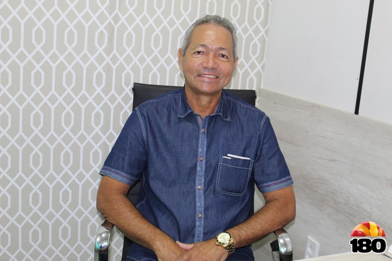 Ângelo Pereira, prefeito de Sebastião Leal