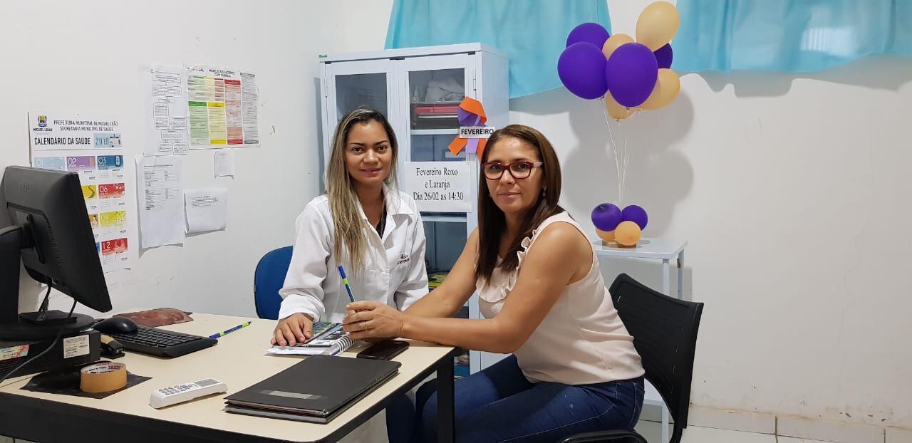 Enfermeira Gislane Braga e a Secretária de Saúde Neuza Cunha de Araújo
