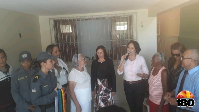 Falando Secretária Municipal da Mulher- Elizamar