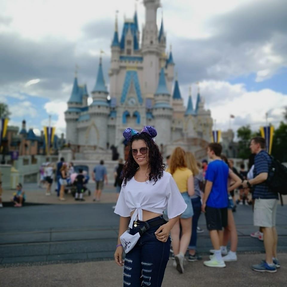 Consuelo no Castelo da Disney, na Flórida, Estados Unidos.