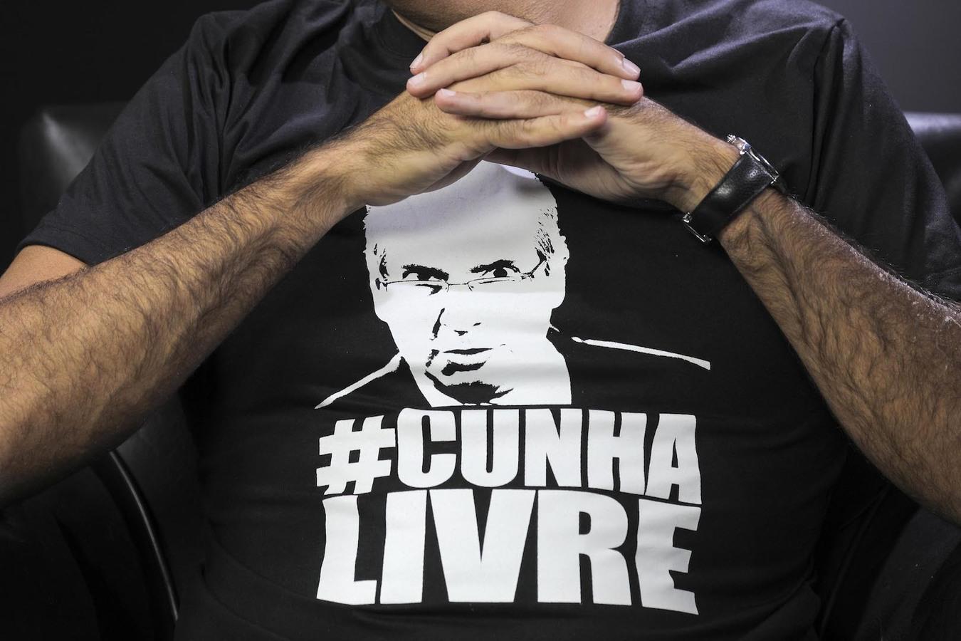 Pela democracia, #cunhalivre