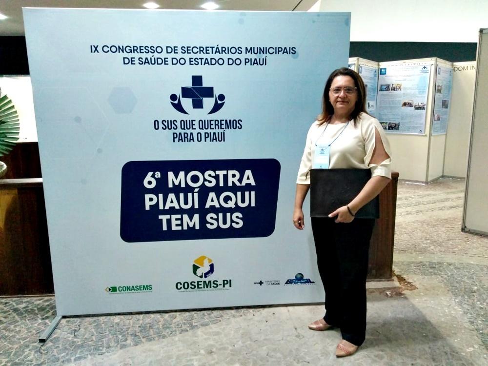 Secretária Maxshuellma Rufino no IX Congresso da COSEMS
