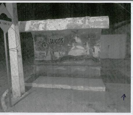 Um dos abrigos, que não se confunde com terminal rodoviário