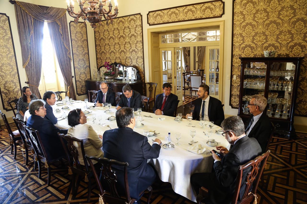 Antes da reunião com Bolsonaro, governadores do Nordeste tiveram uma preparatória