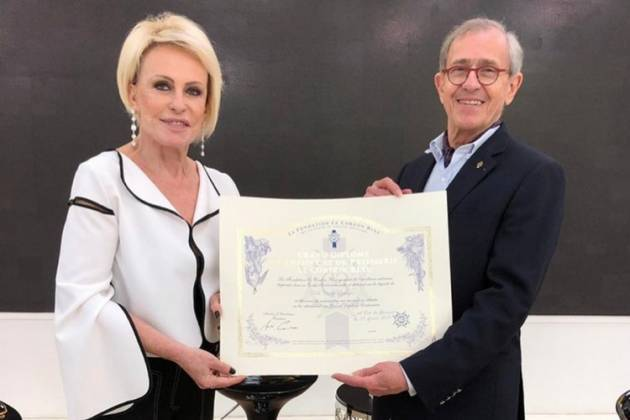 Ana Maria Braga recebeu importante prêmio