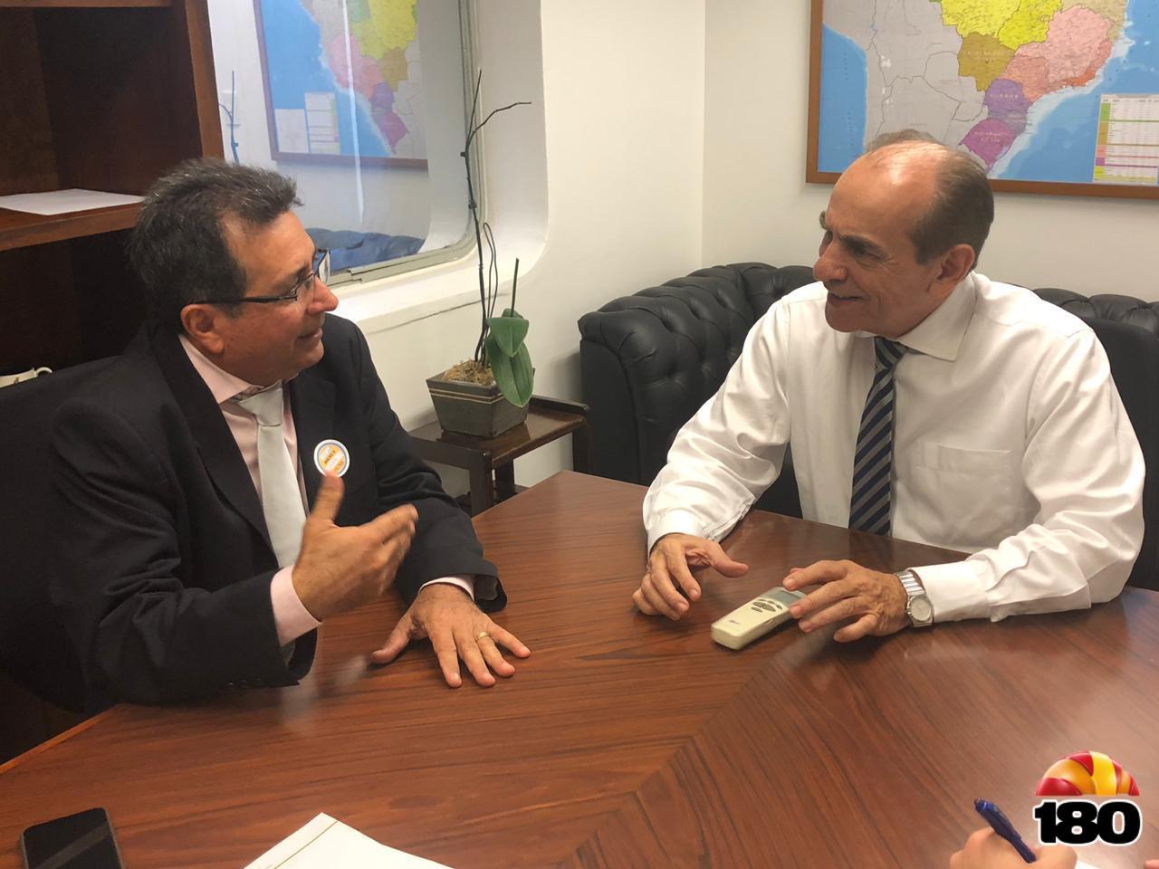 Prefeito Genival Bezerra (PT) com o senador Marcelo Castro (MDB).