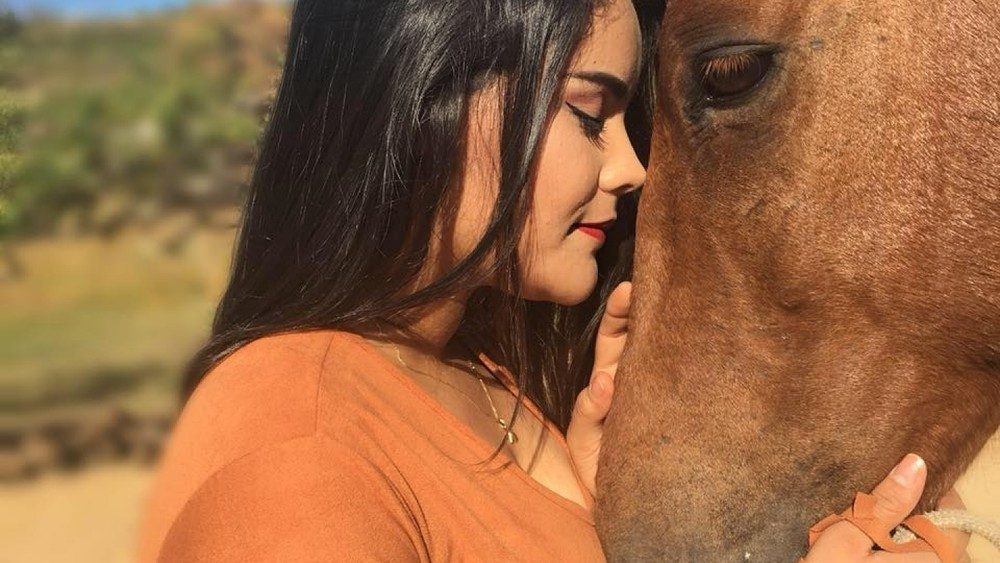 Universitária Danielle Oliveira Silva foi encontrada morta, despida, nas proximidades do sítio da família, em Pedra Branca