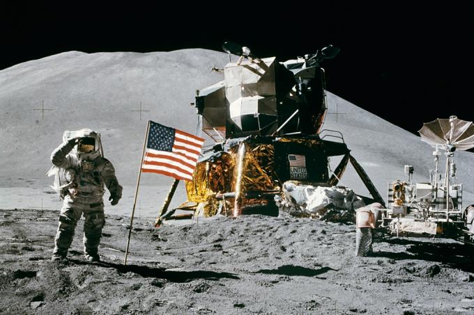 A Missão Apollo 11, dos Estados Unidos, foi bem sucedida