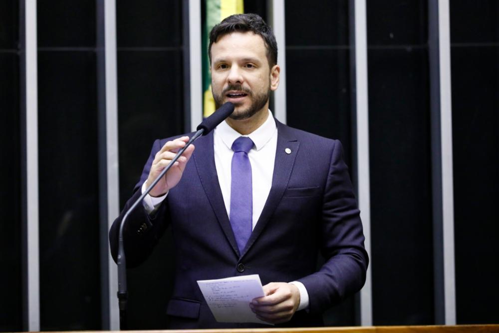 Professor Israel: A medida pode tornar o sistema de multas previsto no CTB mais justo