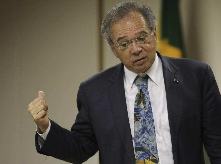 O ministro da Economia, Paulo Guedes, afirmou que com o avanço da reforma da Previdência, o governo lançará novos projetos para estímulo econômico nos próximos 10 dias
