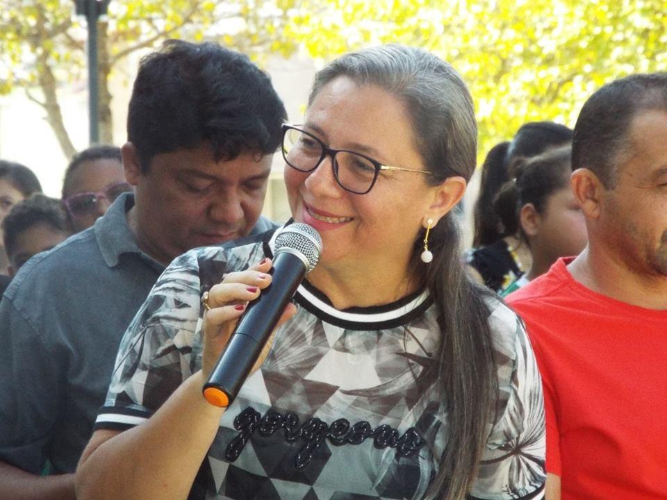 Prefeita de Esperantina VIlma Alves, uma das acusadas em supostas irregularidades