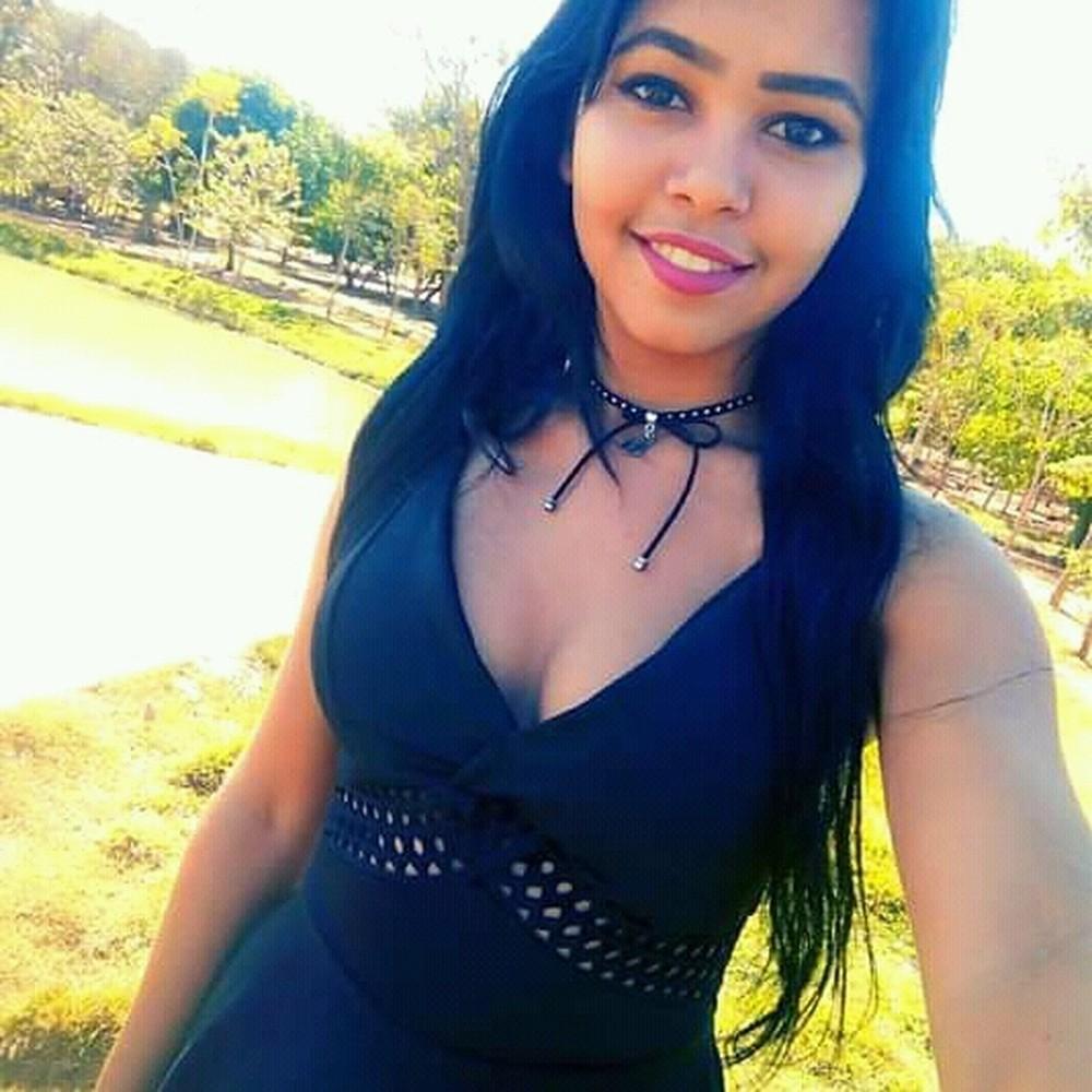 A vítima foi identificada como Daiane Oliveira Barbosa, de 21 anos