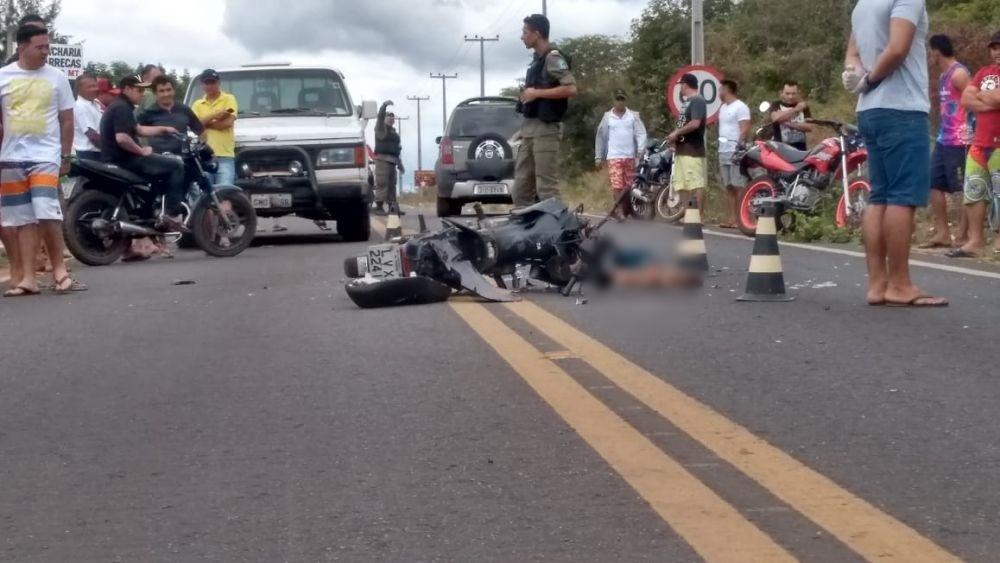 Colisão entre motocicleta e D-20 deixa jovem morto no Norte do Piauí