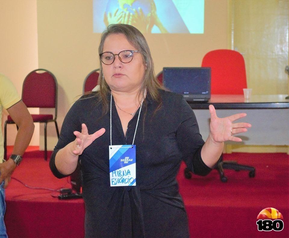 Consultora do SEBRAE, Mirna Escórcio.