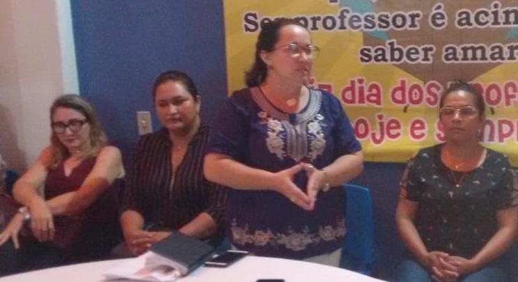 Professora Floriza Sales assume secretaria de Educação com total confiança do prefeito Kim do Caranguejo.