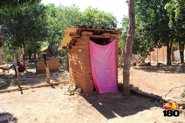 Antes da obra, era esse o banheiro da casa