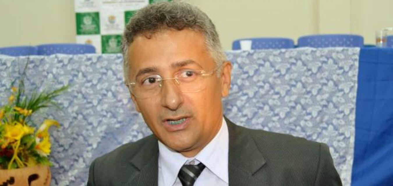Professor Evandro Alberto
