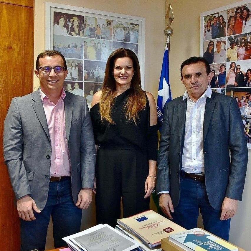 Deputada Federal Iracema Portela com os Prefeitos Caburé e Junior Percy