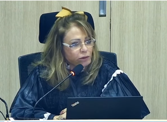 _Conselheira do TCE Lília Martins, quando do posicionamento na Corte de Contas