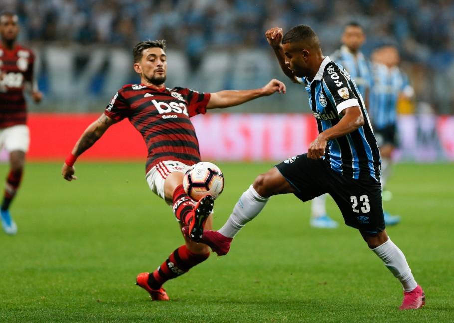 Flamengo ganha folgado do Grêmio no Maracanã - 5 a 0