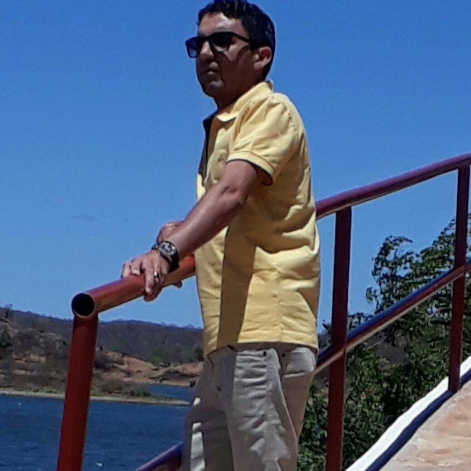 _O primo do prefeito, Dalvarez