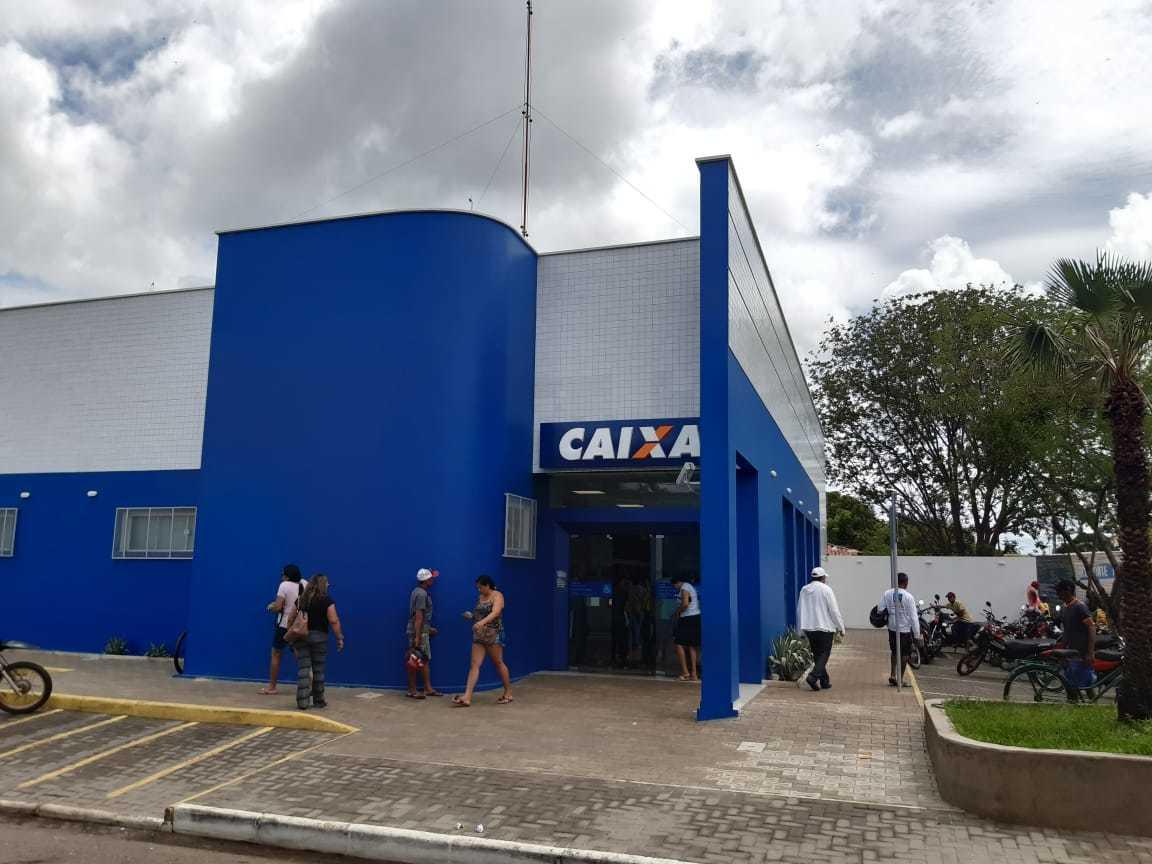 _Sede da Caixa Econômica em Campo Maior (Foto: 180graus)