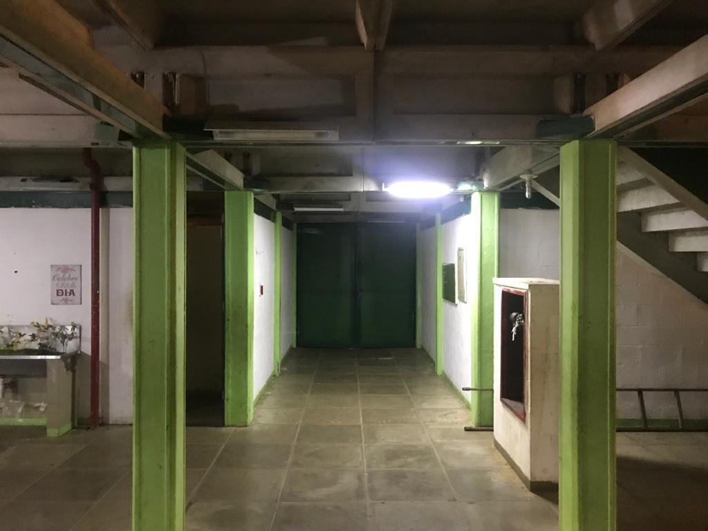 Interior do CAIC em Campo Maior: quase sem luz no fim do túnel (Foto: 180graus.com)