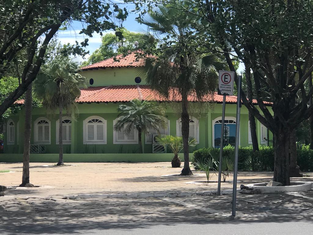 _Sede da Prefeitura de Campo Maior (Foto: 180graus)