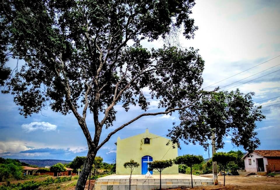 Igreja Católica de Lagoa Seca na zona rural de Santana