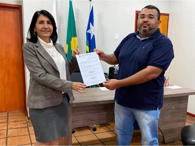 Flávio Soares / prefeita Ceiça Dias