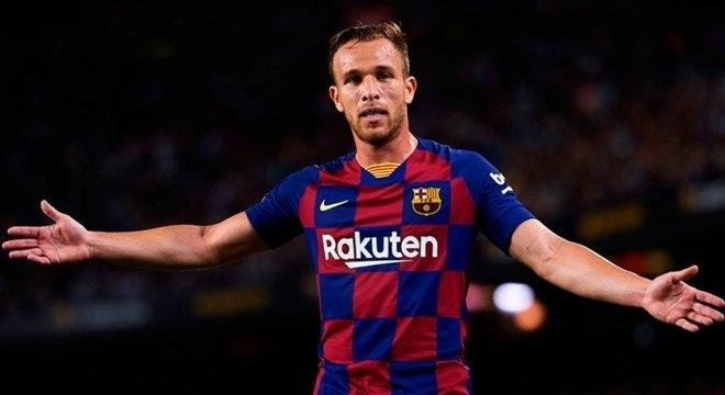 Arthur não hesitou e recusou qualquer proposta que o retirasse do Barcelona