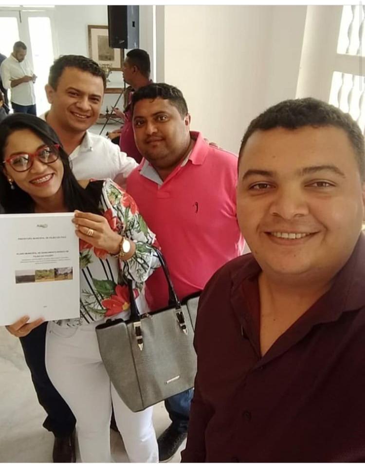 A então prefeita Sebastiana, seu marido Cláudio Pereira, o controlador do município, Paulo César, e o então vice-prefeito Dalvan Carvalho
