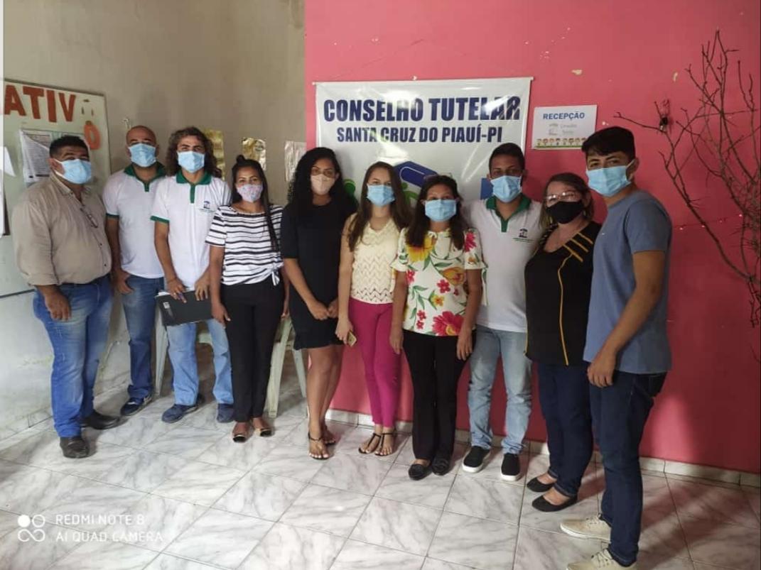 Conselheiros Tutelares e Equipe Técnica do SIPIA
