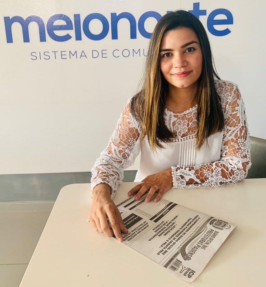 Editora executiva do Diário Oficial das Prefeituras Piauienses,Janaína Sena